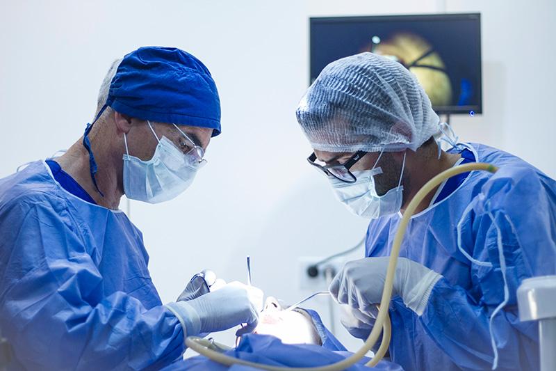 Diplomatura en Cirugía Oral 2019